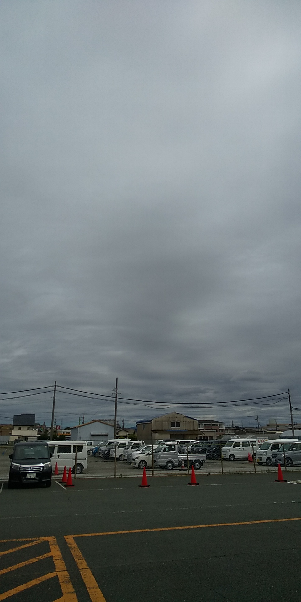 なんと!もう梅雨入り~(;・∀・)